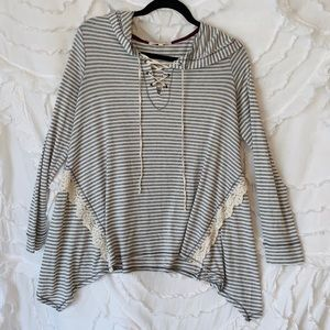 asymmetrical flowy stripped lace up pullover!